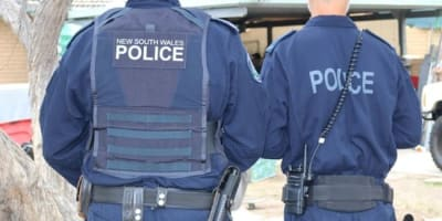 NSW_Police_officers_back_picture.jpg