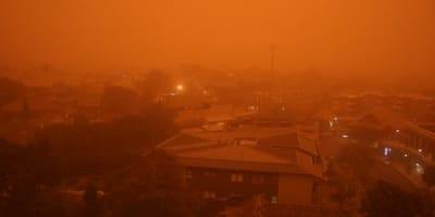 possible-dust-storm-heading-toward-nsw.jpg