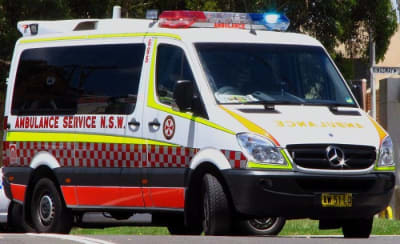 800px-NSW_Ambulance_Service_Mercedes_Benz_Sprinter_-_Flickr_-_Highway_Patrol_Images.jpg