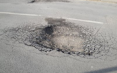 Newport Whitepit Lane pot hole 3