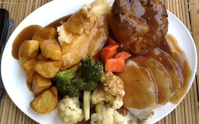 773px-Sunday_roast-02.jpg