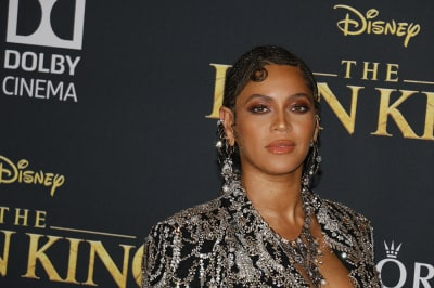Beyonce_Is_Releasing_A_New_Visual_Album_Black_is_King_And_The_Trailer_Is_Stunning.jpg