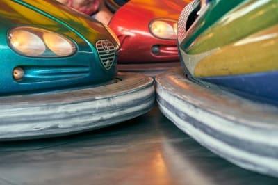 bumper cars 4390958 640