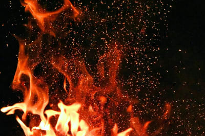 FIRE_pexels-adonyi-gábor-1558916.jpg