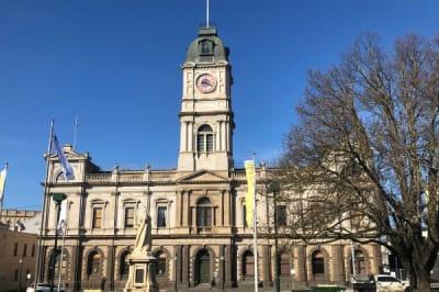 Ballarat_Town_Hall_winter.jpg