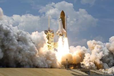 Space Rocket Launching
