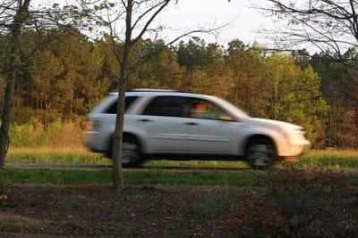 car-54588_640 speeding PIXABAY.jpg