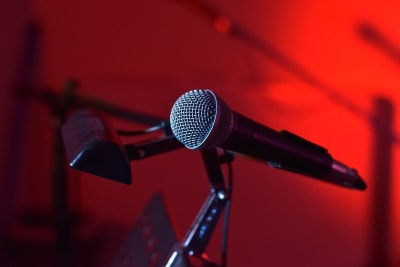 microphone live music.jpg