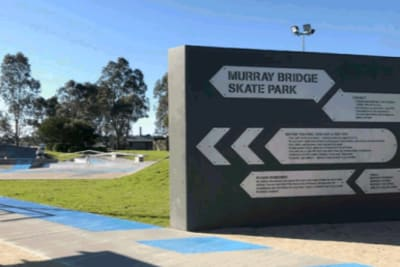 skate park wall 2.PNG