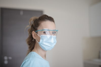 woman-in-blue-shirt-wearing-face-mask-3881247.jpg