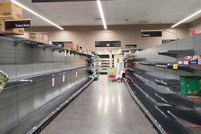 1024px-Toilet_paper_shelves_empty_in_an_Australian_supermarket.jpg