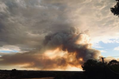 Cherry Gardens Bushfire from Bridgewater by Jennie Lenman 24 Jan 2021