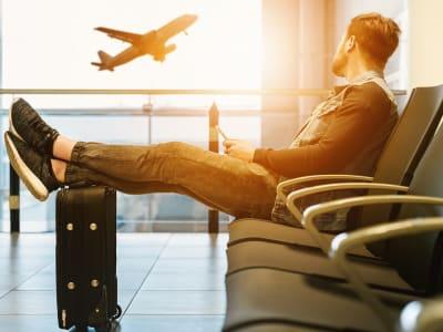 airport 3511342 960 720 1