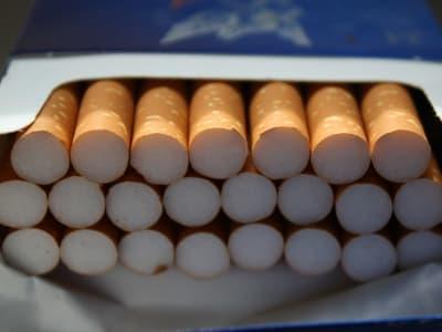 cigarettes 78001 960 720 1