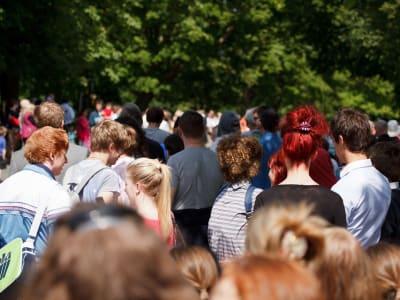 crowd-71255_960_720_1.jpg