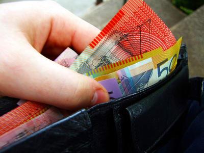 794px Australian banknotes in wallet
