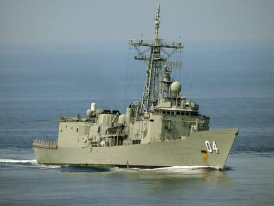 800px HMAS Darwin July 2011 1