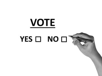 vote-2042580__340.png