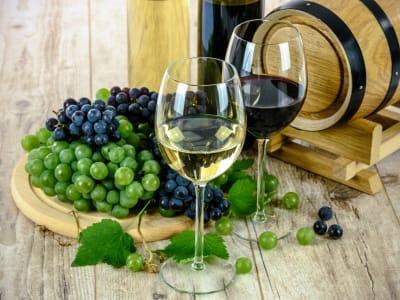 wines-1761613_1920.jpg