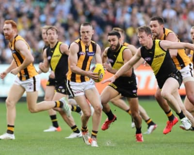 Scully steps away from footy