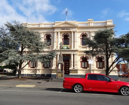 Maryborough town hall.jpg