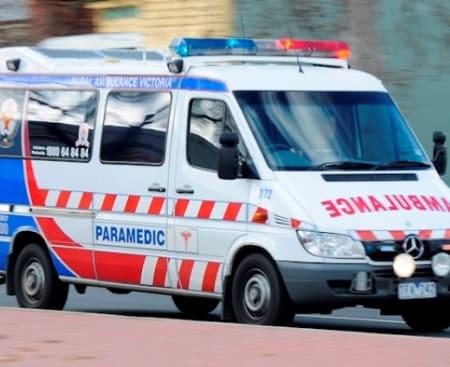 victoria-melbourne-ambulance lights sirens paramedic ambos.jpg