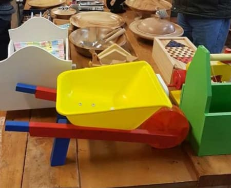 ballarat woodworkers guild toys appeal 2018 pic FB 9845176100061184 n