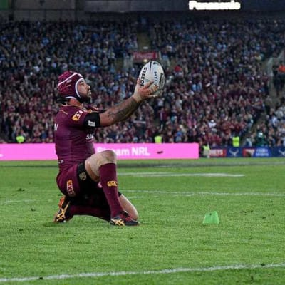 http://stock.grantbroadcasters.com.au/wp-content/uploads/edd/2017/06/Johnathan-Thurston-of-the-Maroons-prepares-to-kick-the-match-winning.jpg
