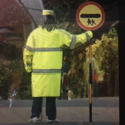 Poem in praise of the Lollipop Lady