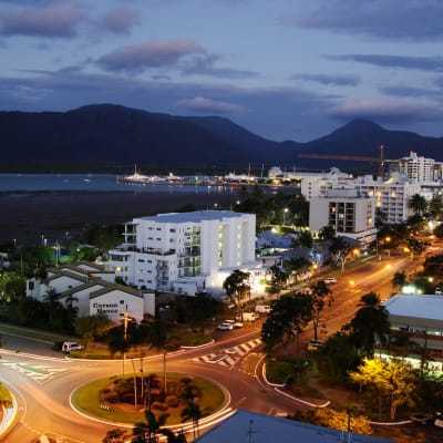 Cairns-  Foreshore promenade