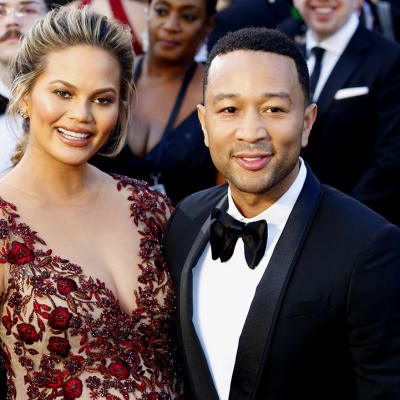 Chrissy_Teigen_And_John_Legend_Just_Announced_They_Are_Expecting_Third_Child_In_New_Music_Video.jpg