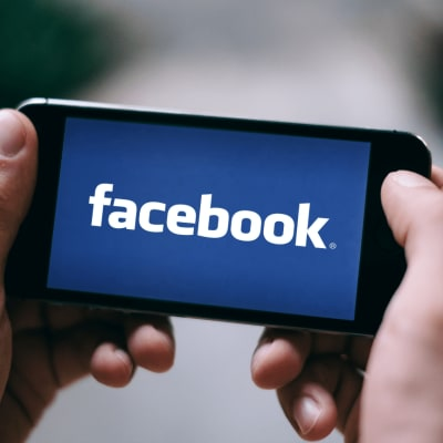 Facebook agrees to advertising overhaul 2.png