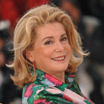 French_star_Deneuve_hospitalised_by_stroke.jpg