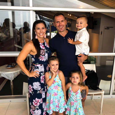 An image obtained on Wednesday, February 19, 2020, shows Hannah Clarke, Rowan Baxter and their three children Laianah, Aaliyah and Trey. The family were involved in a fatal vehicle fire at Camp Hill in Brisbane. (AAP Image/Facebook) NO ARCHIVING, EDITORIAL USE ONLY