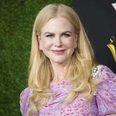 Kidman signs lucrative Hollywood deal .jpg