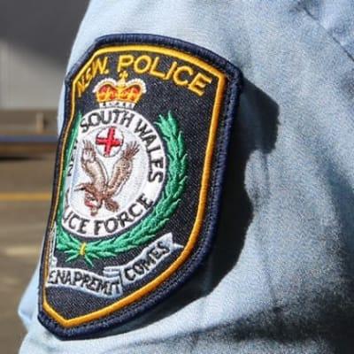 NSW_Police_sleeve_badge_edit.jpg