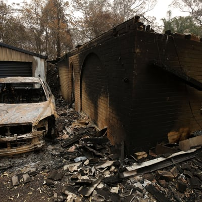 NSW_homes_lost_to_bushfires_hits_600.jpg