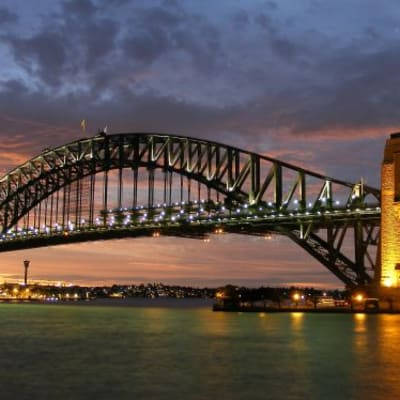 Sydney_harbour_bridge_new_south_wales_edit.jpg