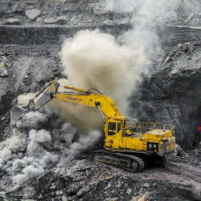 800px-Coal_Mine.jpg