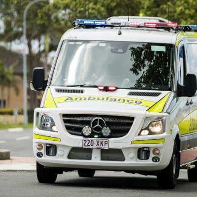 Ambulance_QLD_2.jpg