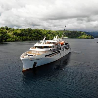Coral_Adventurer_in_Tufi_Harbour_New_Guinea_Circle_Captured_by_Electrical_Engineer_Jason_25th_October_2019_3_1.jpg