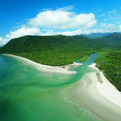Douglas_coastline_Credit_Tourism_Port_Douglas_Daintree.jpg