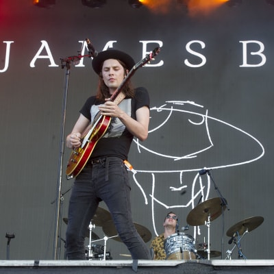 James Bay Singing.jpg
