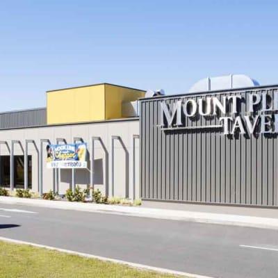 Mount_Pleasant_Tavern.jpeg