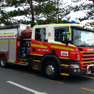 QLD_Fire_^_Rescue_Scania_pumper_-_Flickr_-_Highway_Patrol_Images_(1).jpg