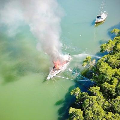 boat_fire.jpg