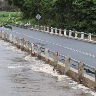 river_overflow.jpg