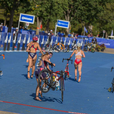 Transition Bike to Rund at ITU World Triathlon Grand Final Edmonton.jpg
