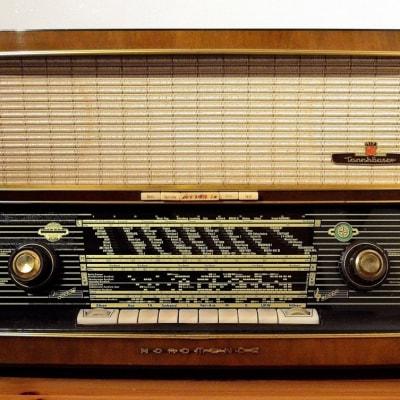 Radio Old.jpg