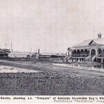 Yongala at Cairns.jpg